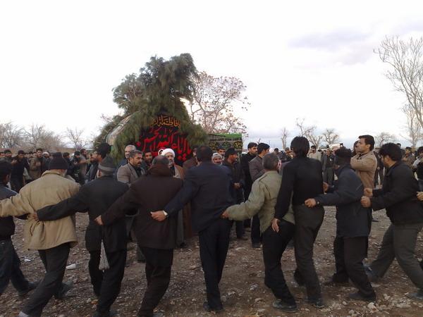 مراسم «حیدرعلی» در حول نخل - صحرای قتلگاه خضری