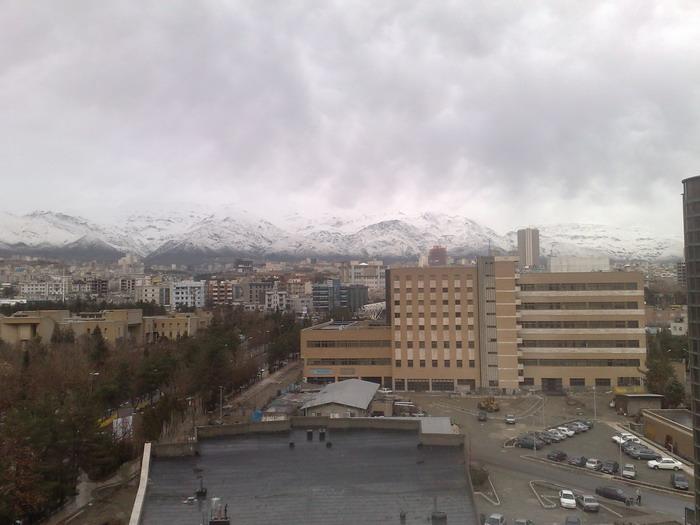 تهران در یک روز تمیز، پس از باران