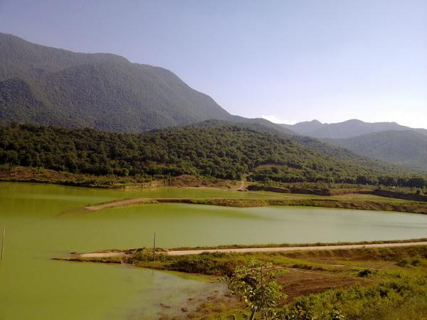 سد خاکی واقع در شهر علی آباد کتول