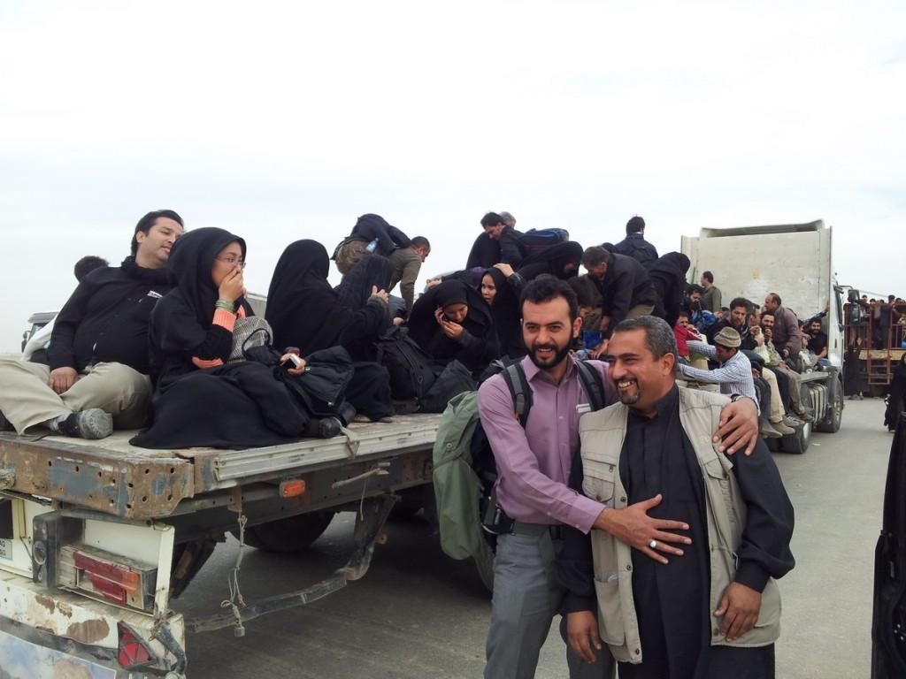 Millions of Pilgrims use any vehicle to reach Najaf - میلیونها زائر از هر وسیله ای برای رسیدن به نجف استفاده می کنند