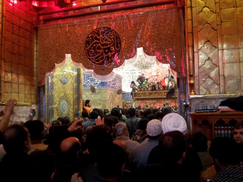 20141212_221431_Inside_Haram_Abalfazl_Arbaeen_2014