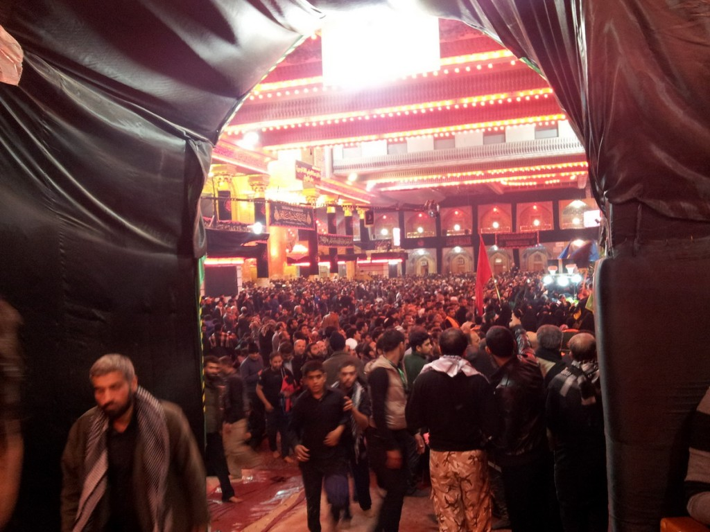 Inside Haram Abalfazl, Arbaein 2014 - داخل حرم حضرت عباس علیه السلام