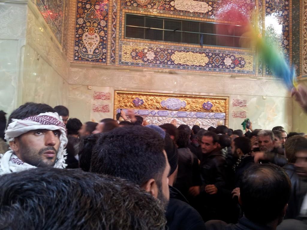فتلگاه امام حسین، داخل حرم - Altar of Imam Hussein, inside Haram - Arbaeen 2014