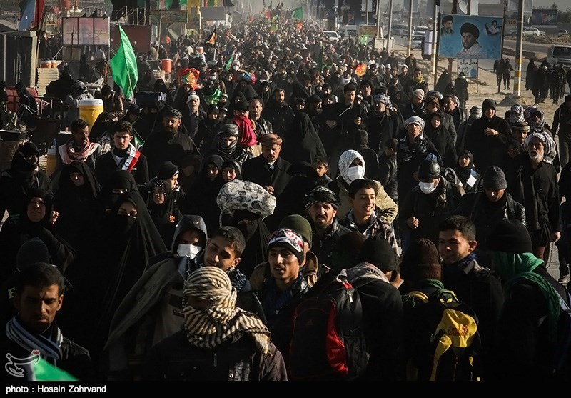Pilgrims-Walk-to-Karbala-in-Arbaein (1)