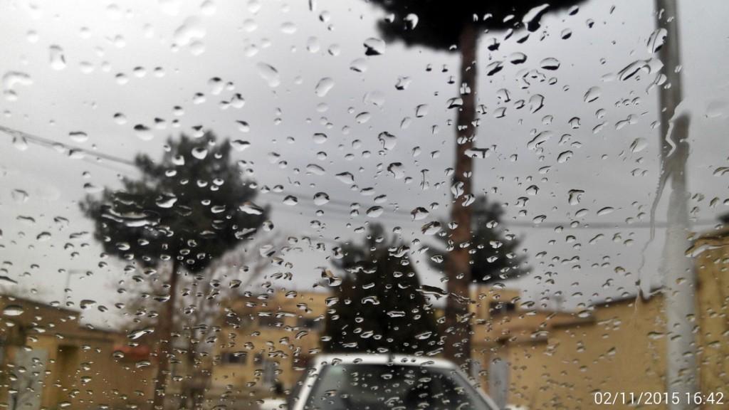 باران روی شیشه